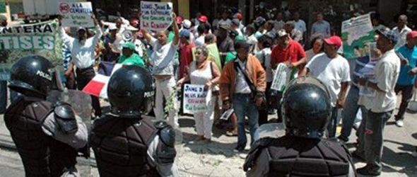 protesta-frente-medio-ambiente-no-cementera