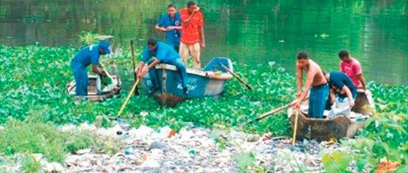 En La Zurza honran la Patria con limpieza río Isabela