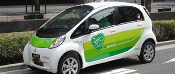 Inician pruebas de taxis eléctricos en Tokio