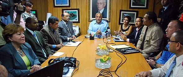 Comisión permanente monitoreará marea negra ante el inicio de la temporada ciclónica