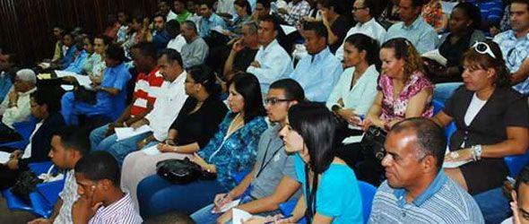 Medio Ambiente imparte taller sobre Turismo y Desarrollo Sostenible