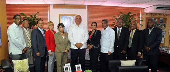 Viceministros asumen sus posiciones en el Ministerio Ambiente