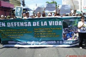 centenares protestan