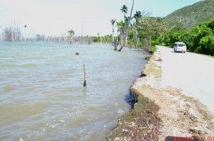 Paso de la Tormenta Isaac, deja muchas inundaciones a comunidade