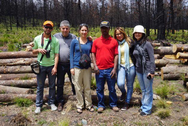 Frarman García (Grupo SOS), Andrés Ferrer (Fundación Moscoso Puello), Yolanda León (Grupo Jaragua), Moreno (Fundación Moscoso Puello), Heliana Medina (Grupo SOS) y María Isabel Serrano (Grupo SOS)