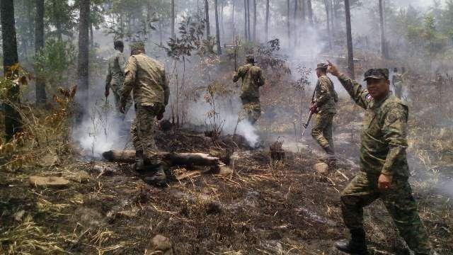 Ejército envía unidad especializada a controlar incendios forestales en Dajabón