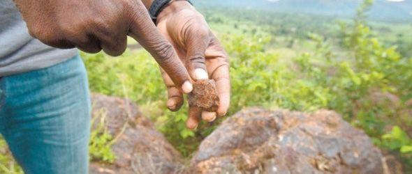 La minería es vista como una fuente potencial de ingresos y empleos para el empobrecido Haití luego del sismo de enero de 2010 que arrasó la capital.