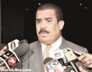 Senador advierte sobre riesgos de planta de explosivos de la Barrick Gold Adriano Sánchez Roa dice es un peligro para la seguridad nacional