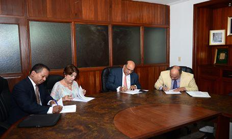 Medio Ambiente junto a colectivo de entidades públicas y privadas crea Fondo del Agua de Santo Domingo para fortalecer las capacidades nacionales