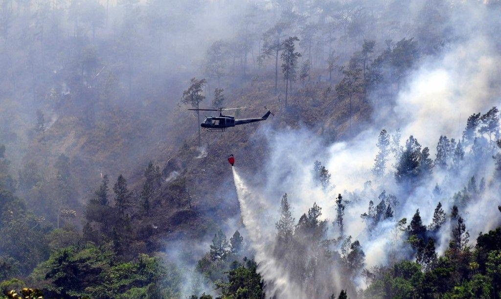 Siguen trabajos extinción fuego Loma Miranda; acusan a Falcondo