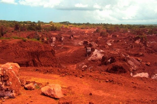 Resultado de imagen para imagenes de extracción de Bauxita en Pedernales Rep.Dominicana