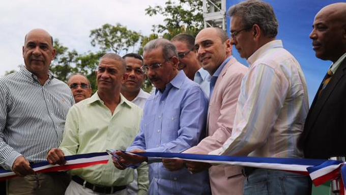 Medina inaugura centro y vivero forestal en Yamasá al celebrar Día del Medio Ambiente