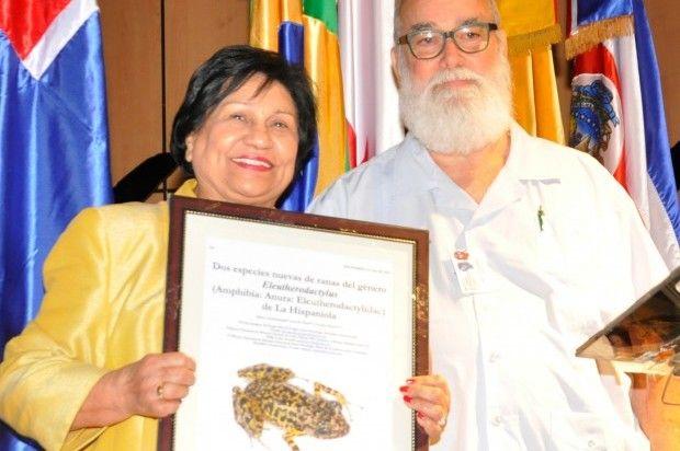 Designan nueva especie de rana con el nombre de la ministra de Educación Superior