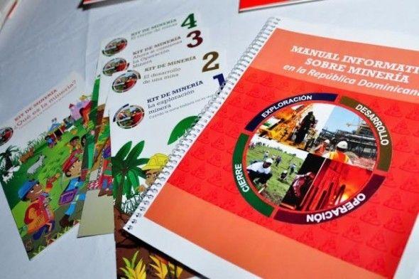 Presentan manual informativo sobre minera en el país