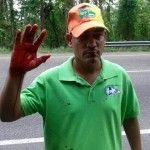 Militares hieren a activistas y maestros en Loma Miranda